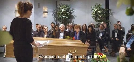 Assister à ses funérailles